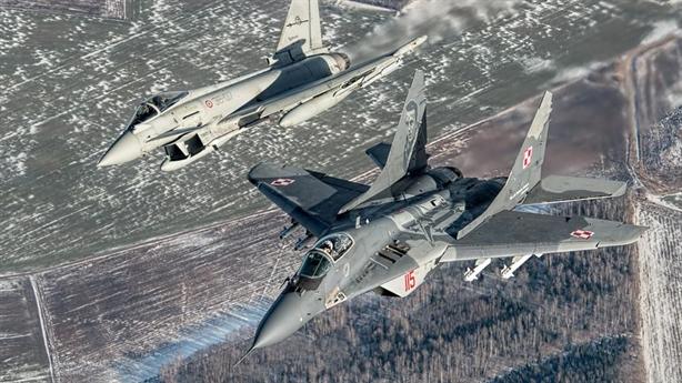 Ba Lan định đoạt số phận máy bay Nga