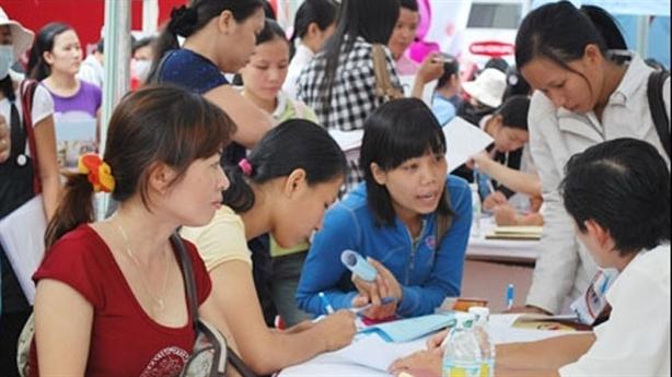 Cử nhân ĐH thất nghiệp, lao động phổ thông nhiều cơ hội