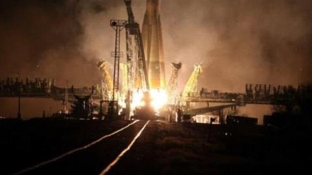 Tàu vũ trụ Nga nổ tung thành 20 mảnh sau cất cánh
