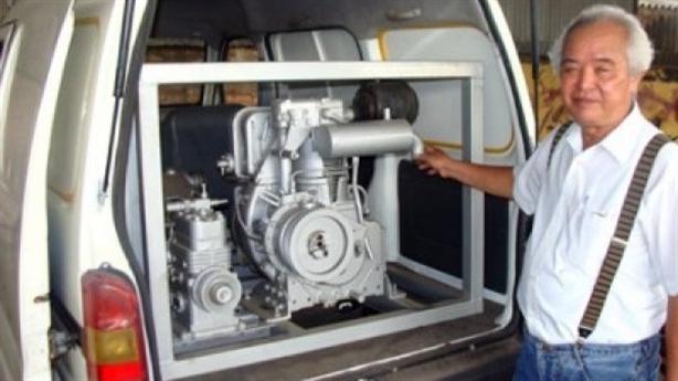Kỹ sư Việt nghi ngờ chiếc ôtô Iran chạy bằng nước lã