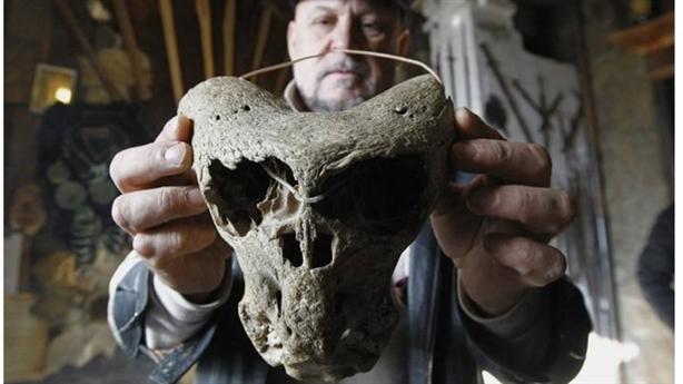 Phát hiện đầu lâu nghi của người ngoài hành tinh ở Nga