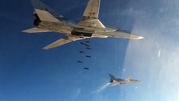 Báo Nga: IS rút khỏi Palmyra sau đòn phản công thần tốc