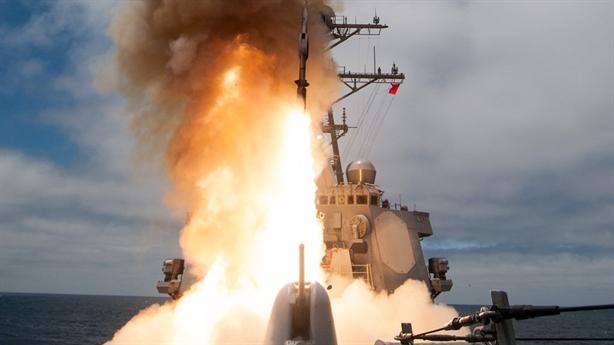 Nguyên nhân khiến Mỹ biến SM-6 thành tên lửa lưỡng tính