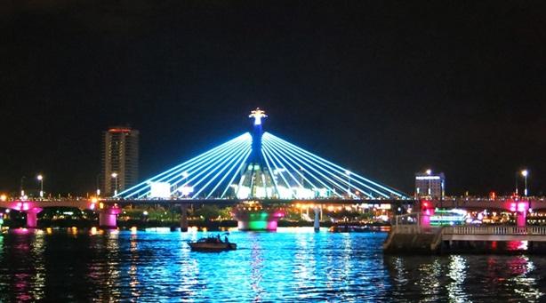 Đà Nẵng xây hầm qua sông Hàn: Ảo tưởng du lịch
