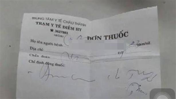 Nhờ Bộ trưởng Y tế dịch giúp đơn thuốc của bác sĩ