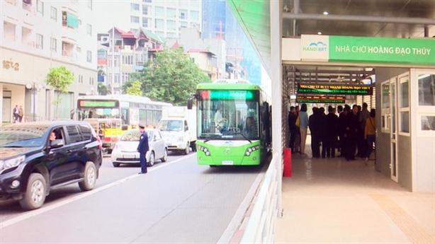 Buýt nhanh nhanh hơn 5 phút: Kích thích tắc đường