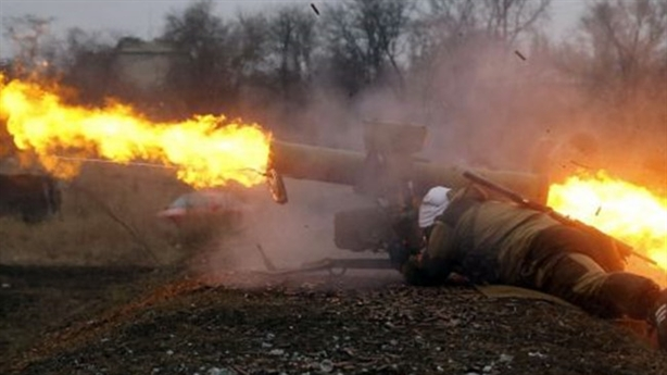 Chiến sự nồi hầm Debaltsevo: Quân Ukraine pháo kích cực lớn