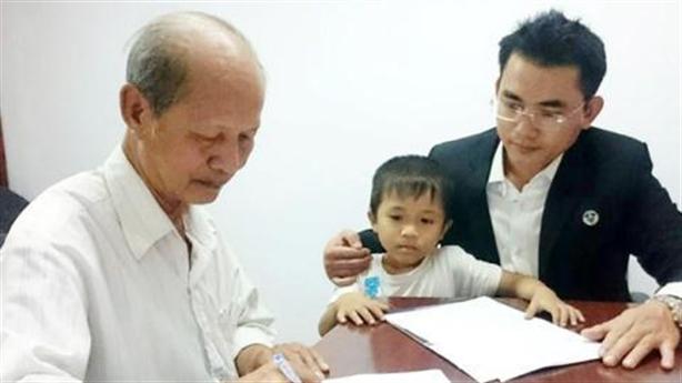 Vụ con ruồi nửa tỷ: Bi kịch bị cáo Võ Văn Minh