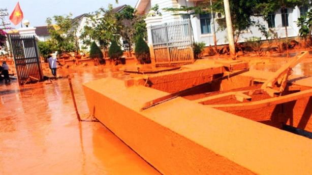 Bình Thuận cấm dùng nước ngầm khai thác titan: Lo Cà Ná?
