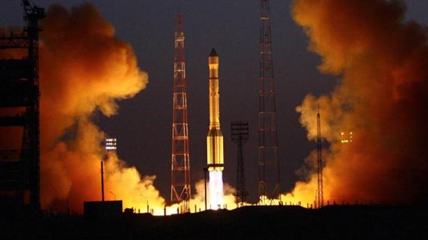 SpaceX phóng vệ tinh bằng tên lửa Falcon-9: Nga bóc mẽ...