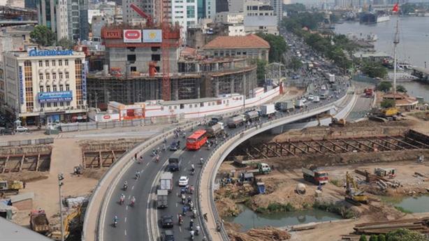 Mỗi người Việt đã gánh 23 triệu nợ công