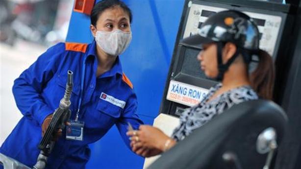 1lít xăng Việt gánh 8.000đ thuế môi trường: Cao gấp rưỡi Mỹ