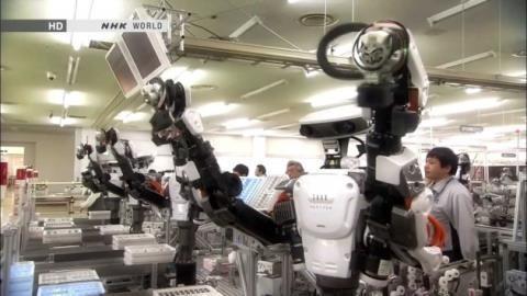 Robot lắp ráp toàn bộ iPhone, Trung Quốc ngồi trong chảo lửa