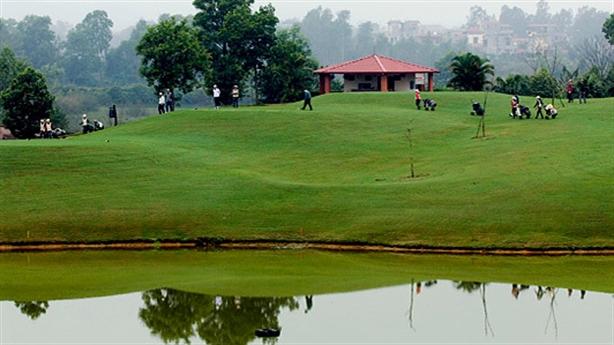 Dự án sân golf Quảng Bình: cần có chữ Tâm...