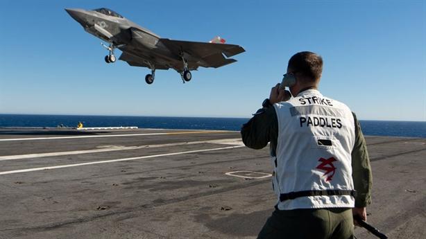 Cha đẻ F-16: Tiêm kích F-35 bị MiG-21 đánh bại