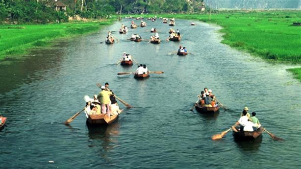Vé tham quan chùa Hương tăng gần 40.000 đồng: Vẫn lăn tăn