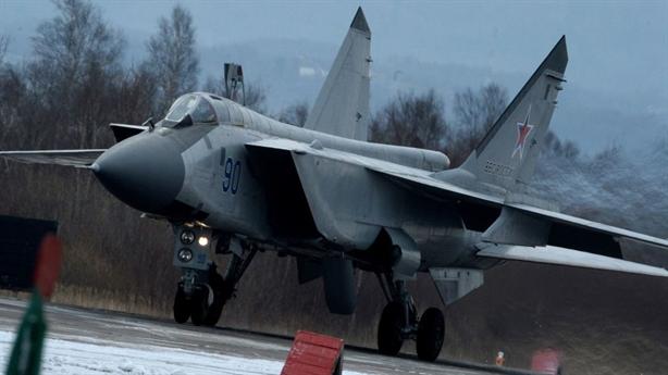 MiG-31 không chiến, thắng thuyết phục kẻ thù giả định