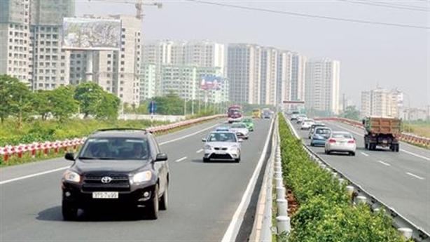 Đường cao tốc Bắc-Nam: Chờ vốn tư nhân, có lo trạm BOT?