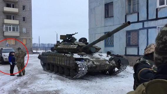 Ukraine triển khai xe tăng ở Avdeevka/Donetsk, trước mắt của OSCE?