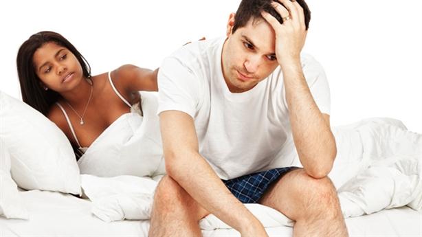 Đàn ông ngày nay yếu sinh lý hơn tổ tiên