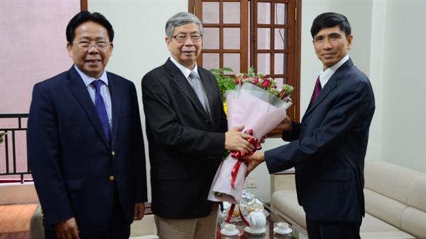 Lãnh đạo Liên Hiệp Hội chúc mừng năm mới Báo Đất Việt