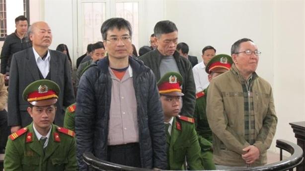Giang Kim Đạt khai chỉ đi theo xách cặp cho sếp