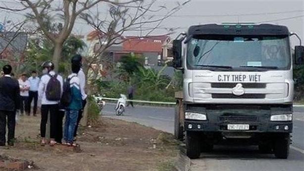 Giết tài xế, cướp 30 tấn thép: Nghi phạm là người quen