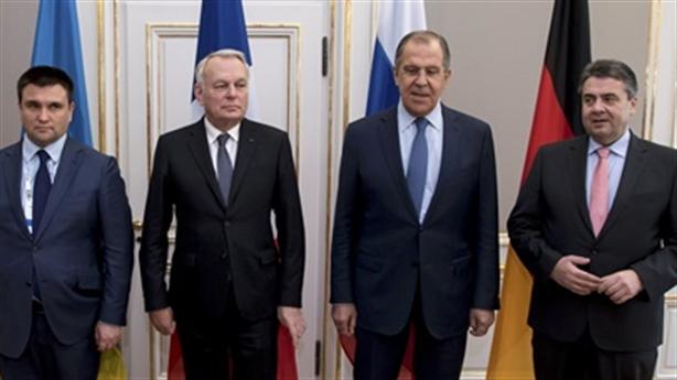 Lệnh ngừng bắn mới Ukraine: Nga lập hòa bình cho láng giềng?