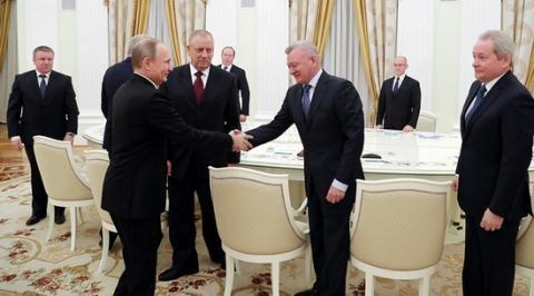 Loạt tỉnh trưởng Nga rời ghế, Putin chơi cờ chính trị mới