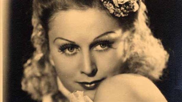 Sự thật về thân thế nữ diễn viên được Hitler mến mộ