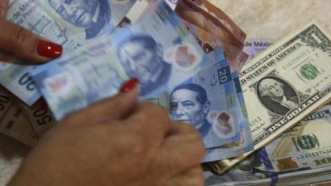 Tiền chảy ra khỏi nước Mỹ