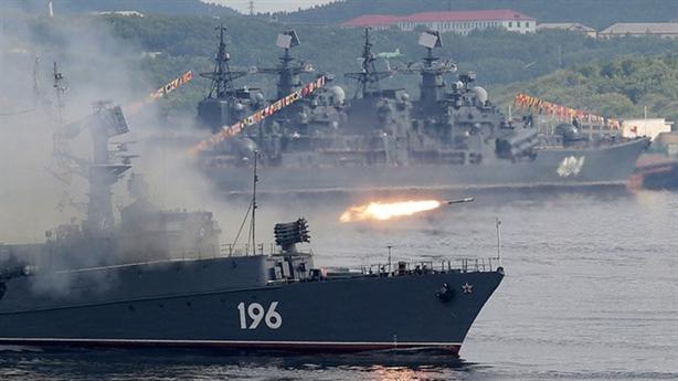 Hải quân NATO mệt nhoài vì chạy theo Nga