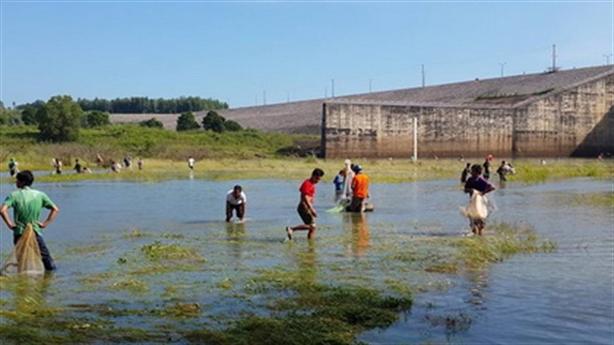 Đừng biến hồ Trị An thành vùng nước chết