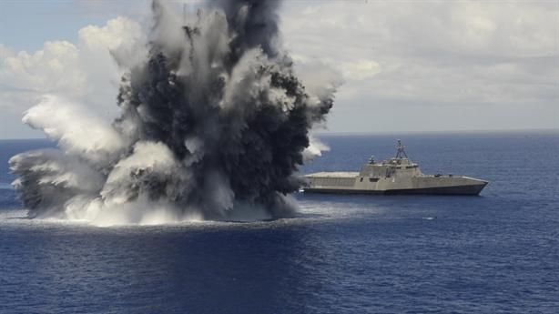 Cách Mỹ thử nghiệm khiến chiến hạm 'không thể bị chìm'