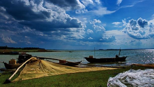 Du lịch hồ Trị An: Đồng Nai quyết bảo vệ di sản...