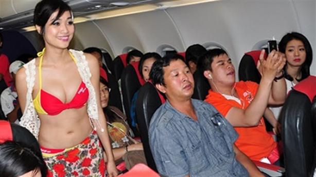 Cổ phiếu Vietjet vượt Vietnam Airlines: Lời cảnh báo sớm