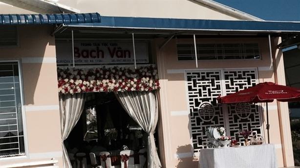 Ngăn đám cưới cô dâu Việt 16 tuổi: Con thích thì gả