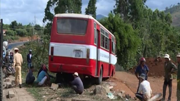 Gia Lai: Tin mới vụ xe đưa đón học sinh gặp nạn
