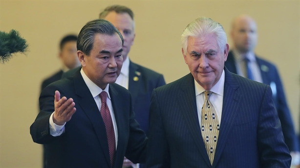 Chuyên gia Nga: Mỹ-Trung thỏa hiệp trên Biển Đông, ASEAN nguy ngập