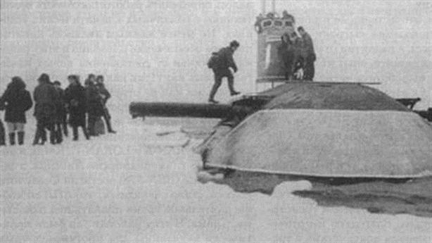 Chuyển đi bí mật gây sốc của tàu ngầm Liên Xô