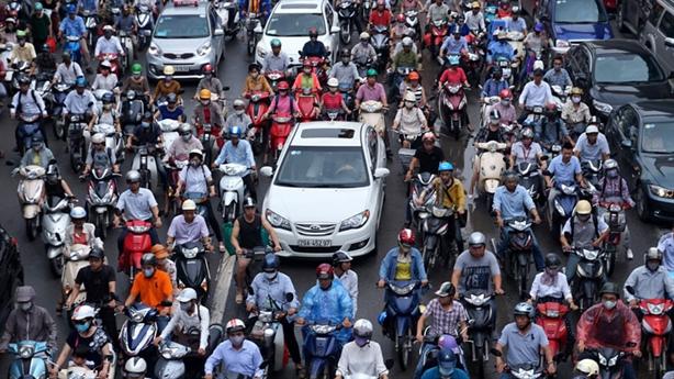 85% dân HN ủng hộ loại bỏ xe máy: Thật không?