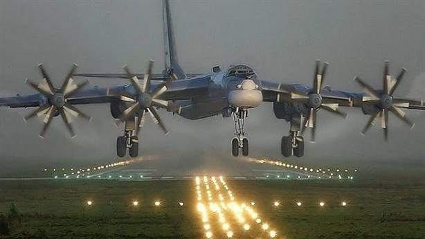 'Ông lão' Tu-95MS được kéo dài sự sống nhờ PAK DA