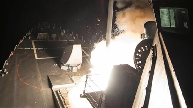 Mỹ phóng Tomahawk vào Syria: Câu hỏi luật pháp quốc tế