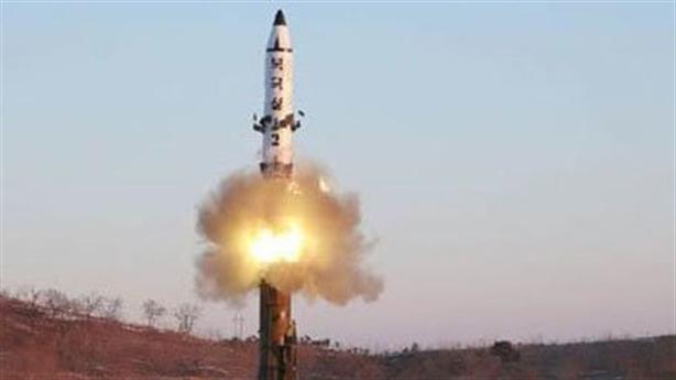 Chuyển động Triều Tiên: Máy bay ném bom Trung Quốc sẵn sàng