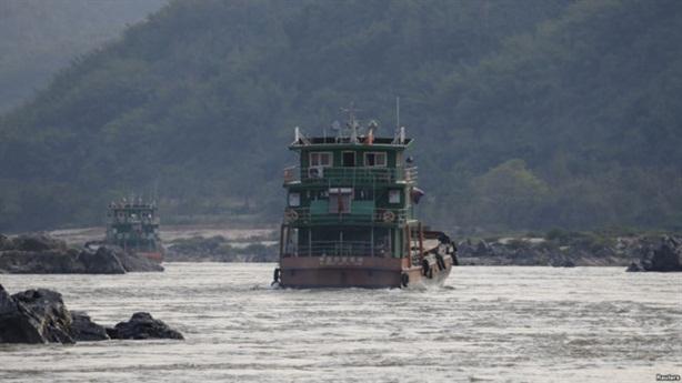 Trung Quốc cho nổ lòng sông MêKông, Thái Lan bật đèn xanh