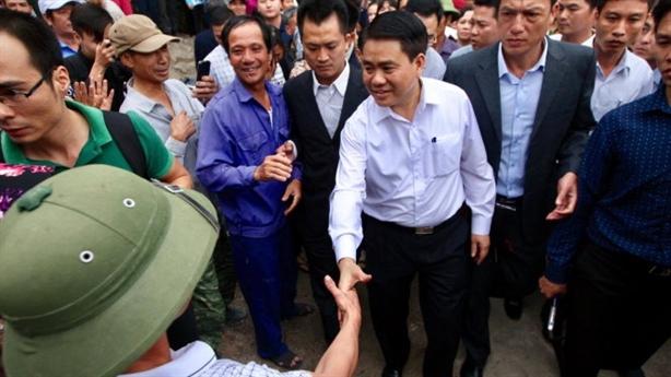 Hồi kết dân Đồng Tâm giữ cán bộ: Những tiếng vỗ tay