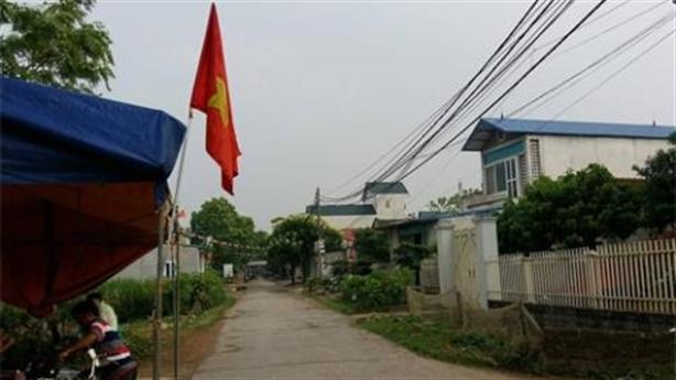 Chủ tịch Chung hứa chi 1 tỷ làm đường tại Đồng Tâm