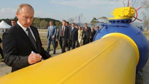 Nga-ARập Saudi: Thỏa thuận giảm sản lượng dầu sẽ kéo dài