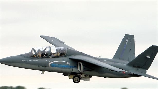 Scorpion Jet thay thế hoàn hảo cường kích A-10 Không quân Mỹ