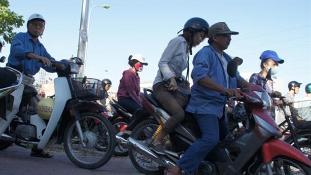 Cấm xe máy: Nếu người dân quay lại đi xe lam...